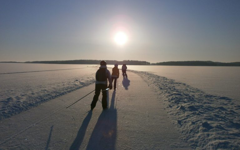 Skating and hiking route in Linnansaari National Park