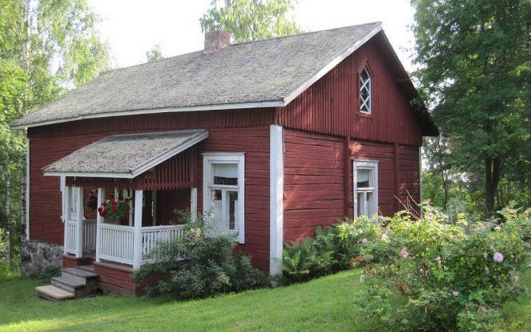 Joel Lehtosen talo Putkinotko avoinna, opas paikalla