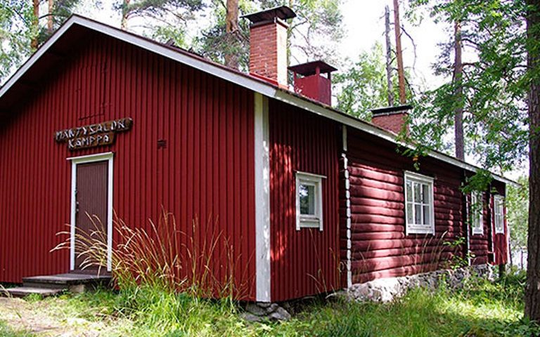 Mäntysalon kämppä, Rental Hut in Kolovesi National Park